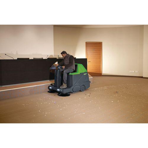 aukm 600 aufsitz kehrsaugmaschine. Black Bedroom Furniture Sets. Home Design Ideas